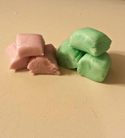 I cut the mints about 1-1.5 cm long.