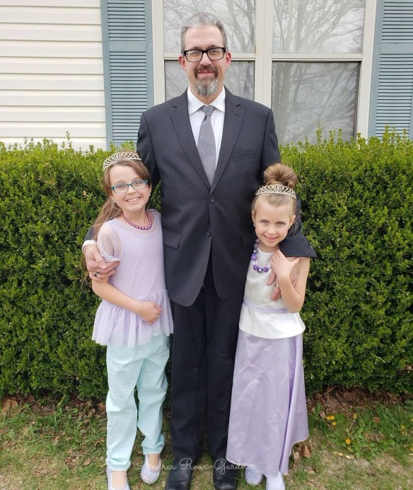 Mark and girls with copy right